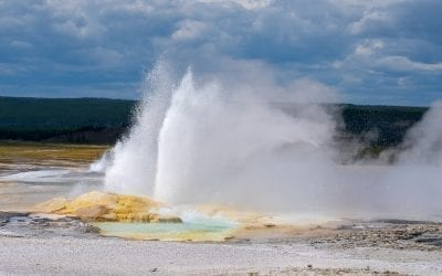 Top 5 Geysers in Upper, Mid and Lower Geyser Basin In Yellowstone