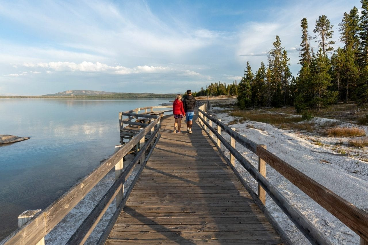 Evening walk along Yellowstone Lake and exploring the geysers in the West Thumb area