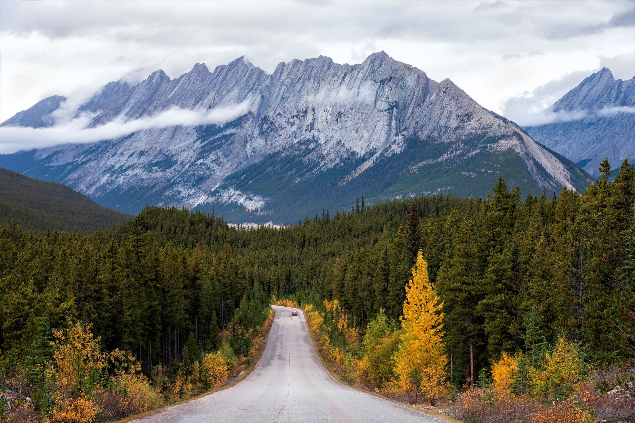 Jasper National Park: A Lesser Known Paradise In Canadian Rockies